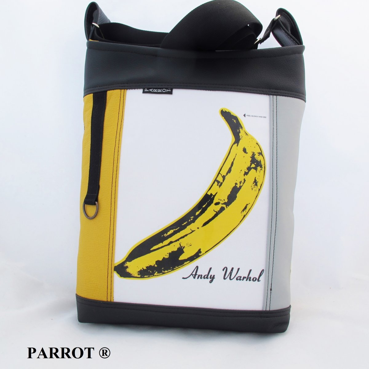 BANANA hand made bag - PARROT®