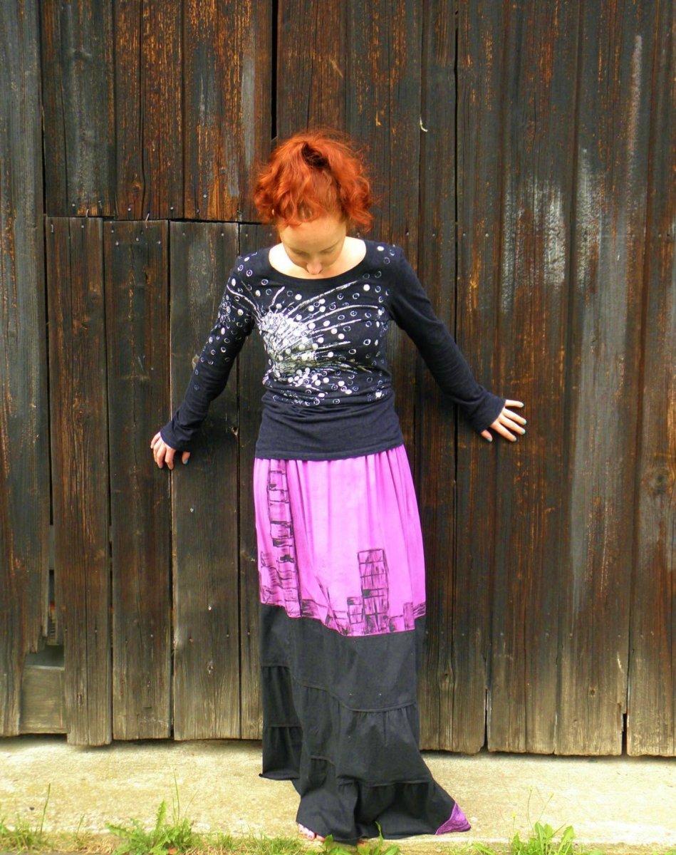f7c36e010e80 Maxi sukně fialovo-černá S-XL – Potvor - pomáhat tvořit