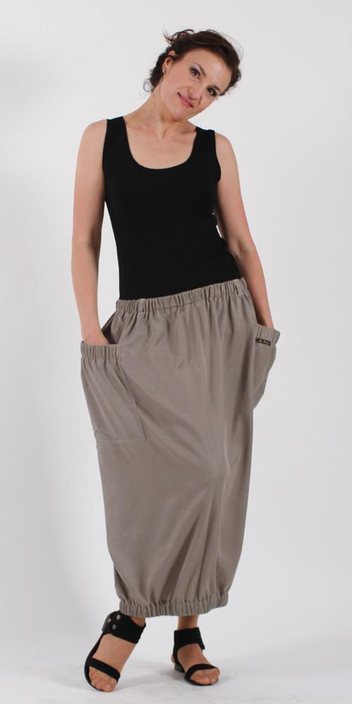 Dlouhá balónová sukně - šedá – Potvor - pomáhat tvořit e9a024ce426