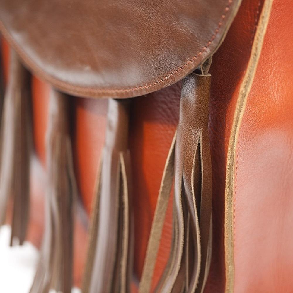 Kožený batoh - hnědorezavý s třásněmi – Potvor - pomáhat tvořit 402740345a