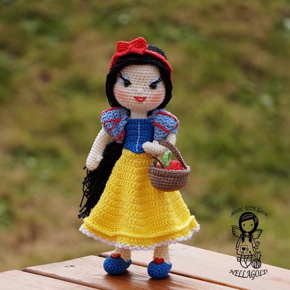 a15d5e59b64 Háčkovaná panenka Sněhurka - návod 124 – Potvor - pomáhat tvořit