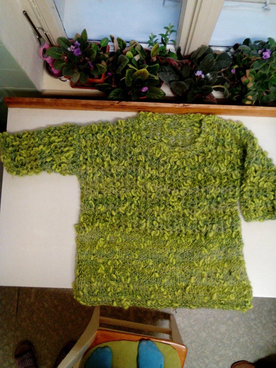 41112a369fd8 Ručně pletené svetry a vesty – Potvor - pomáhat tvořit