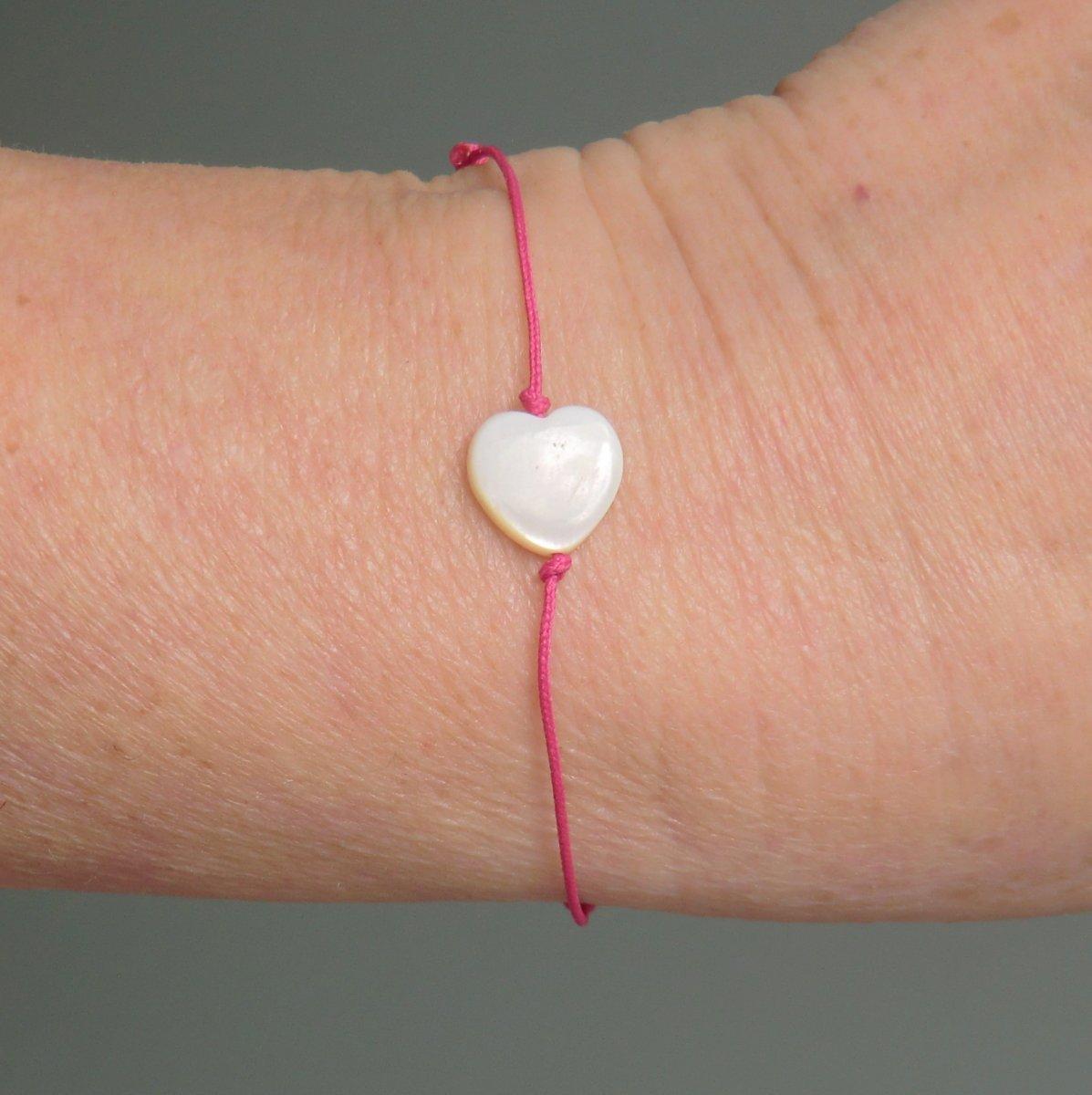 Kabbalah - ochranný náramek   s perleťovým srdíčkem – Potvor ... 9b9a0752edc