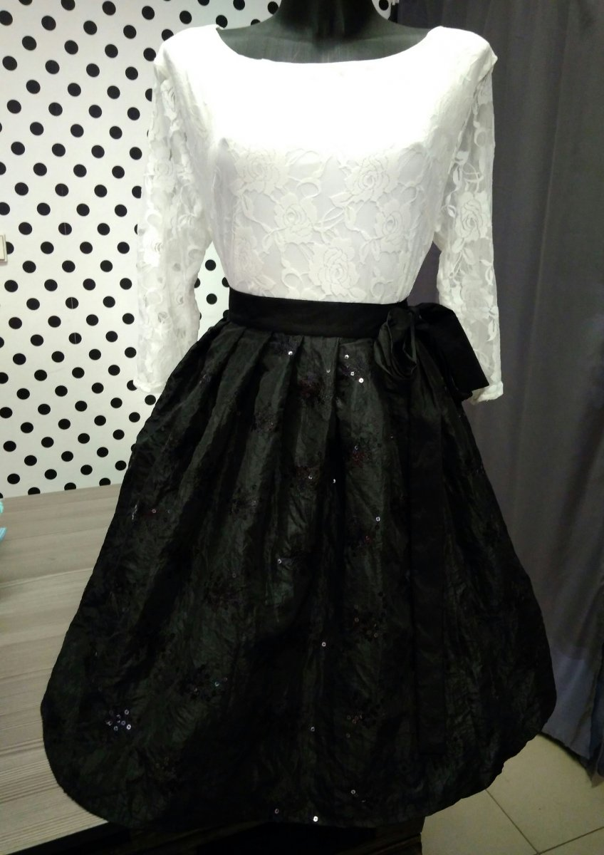 dd9051ea01a6 Taftová zavinovací sukně 17 – Potvor - pomáhat tvořit