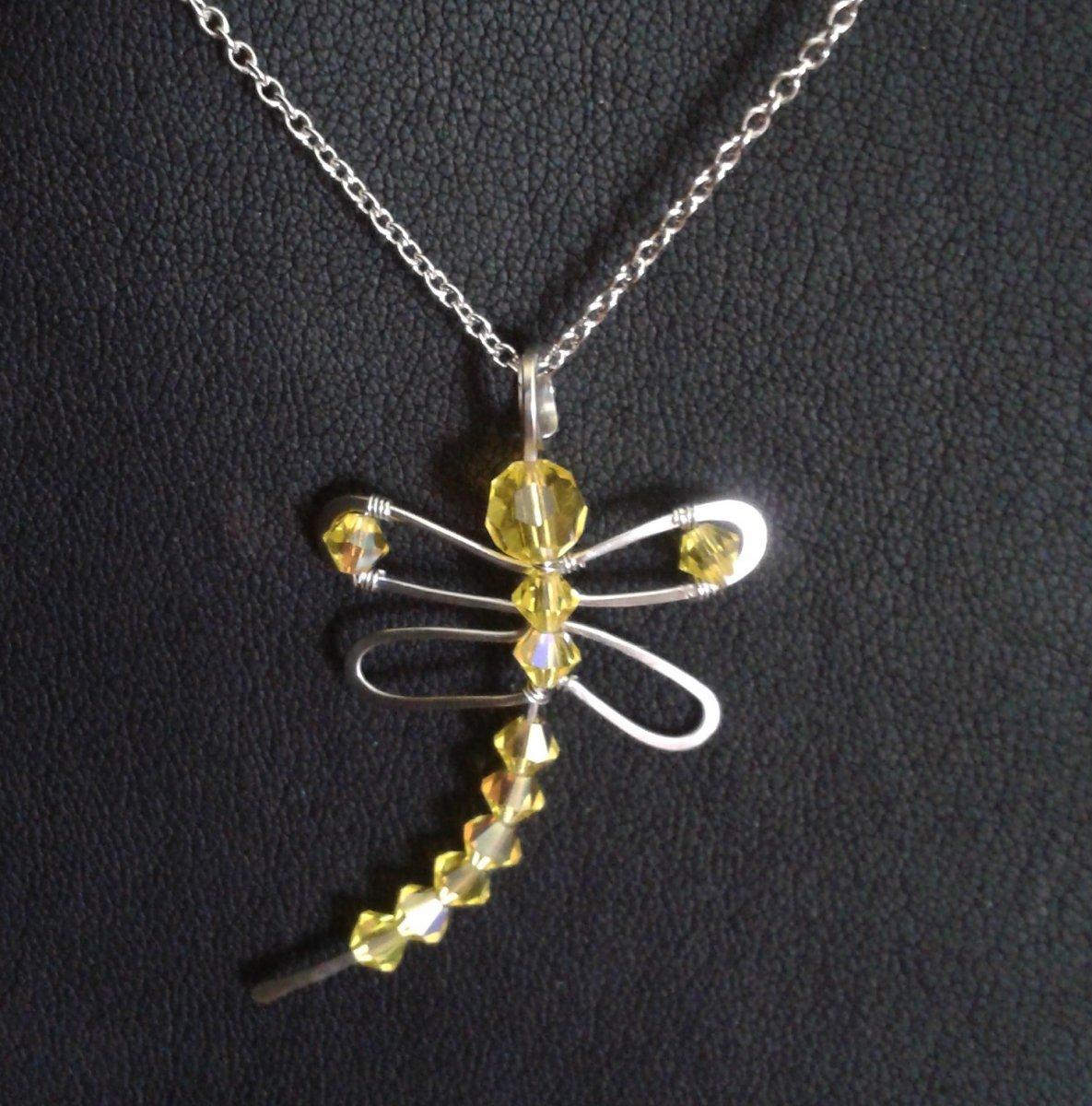 Zlatá vážka - přívěšek - Swarovski - hypoalergenní – Potvor ... 76a55107803