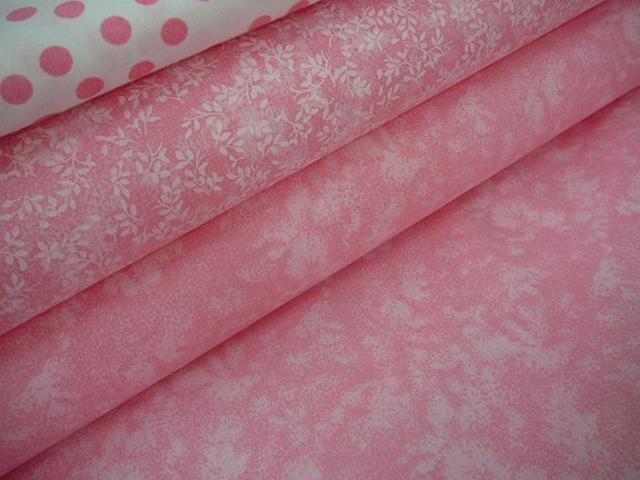 Bavlněná látka - metráž - bílý mramor na růžové - š. 140 cm – Potvor ... 8e455238e22