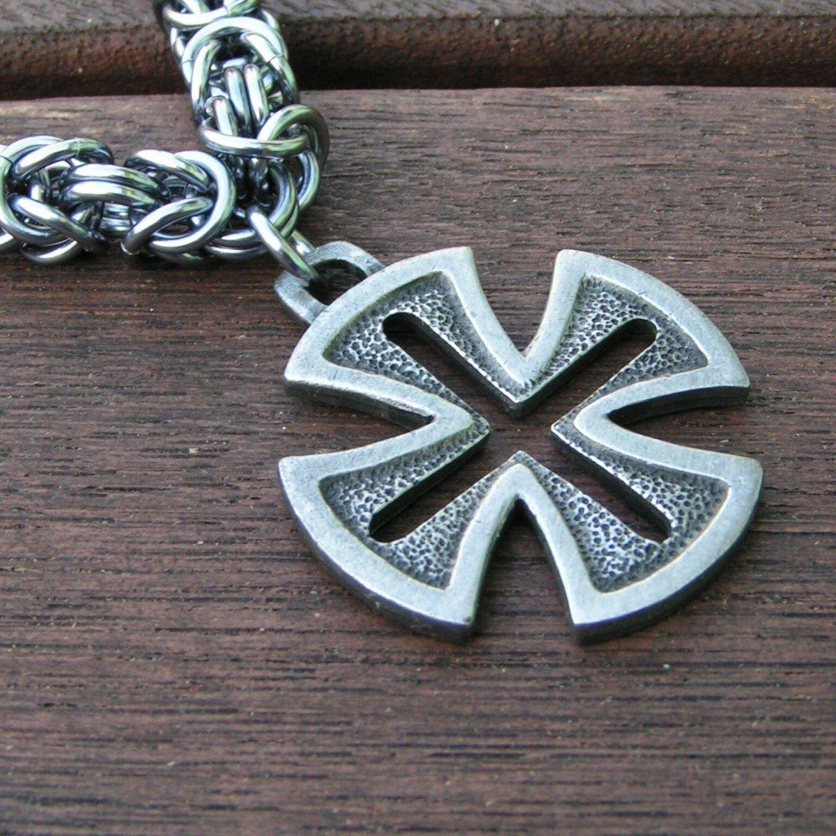 Pánský náhrdelník s templářským křížem