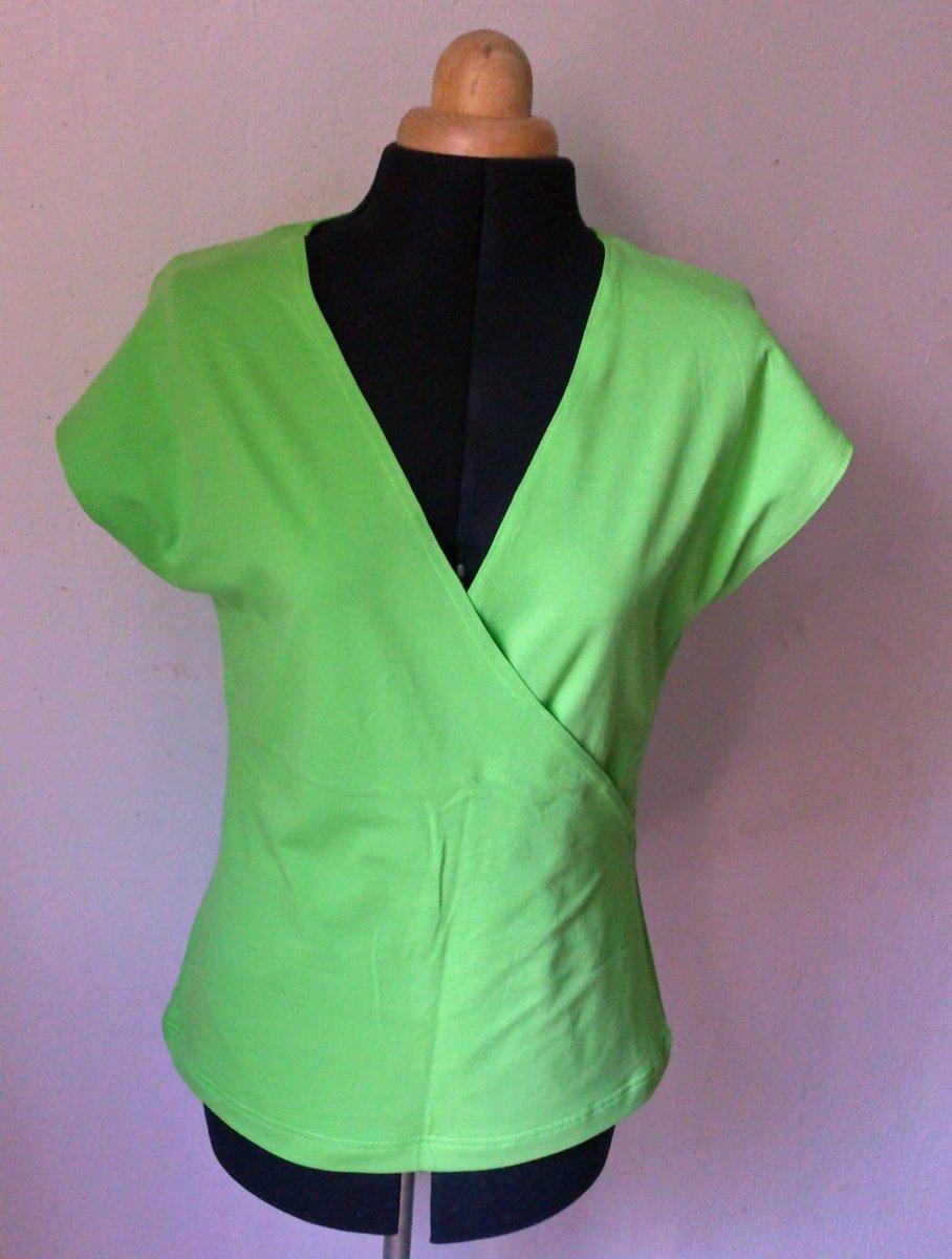 LETNÍ VÝPRODEJ Dámské tričko zelené – Potvor - pomáhat tvořit c5ca3b43a4