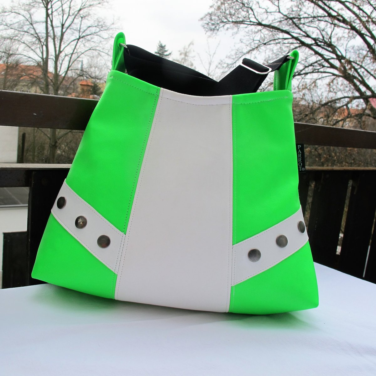 WILD * NEON * LITTLE * BAG * GREEN-WHITE * PARROT®