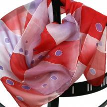 Hedvábný šátek  Puntíky červeno-fialové e41e1edda2