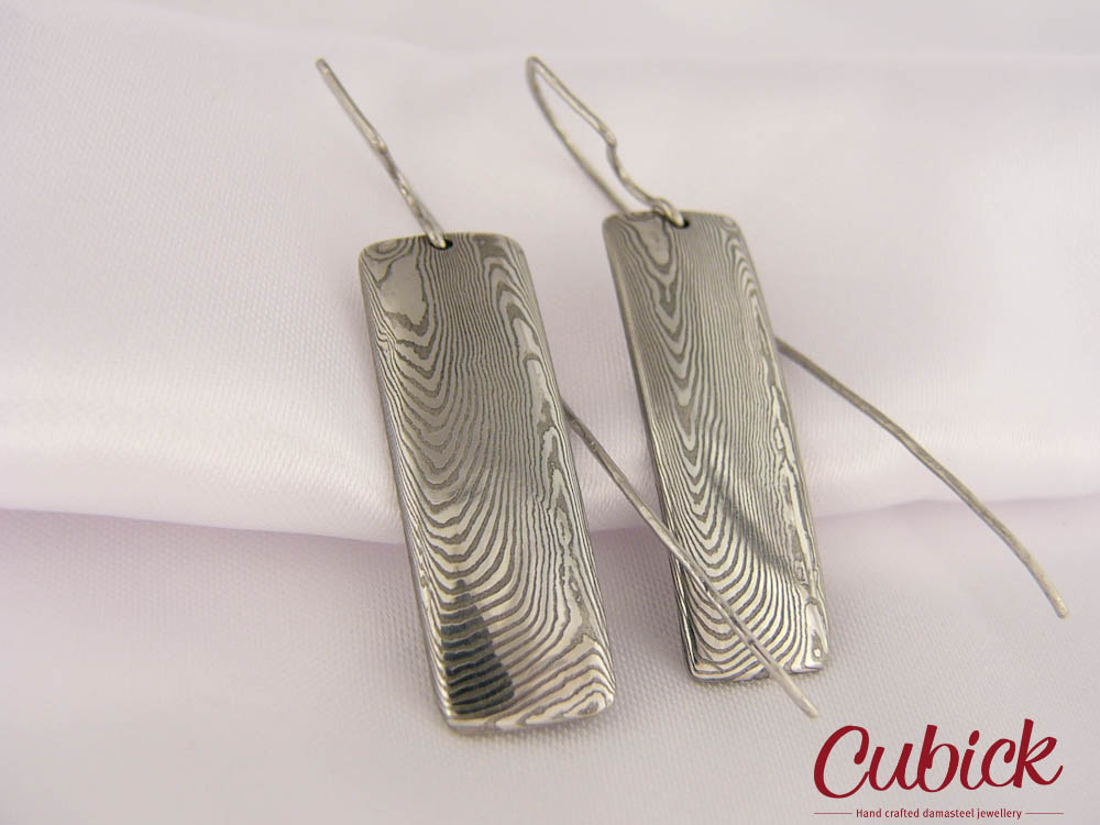 Glorfindel - ručně kované náušnice z damascénské oceli – Potvor ... 6bb3cf2b52