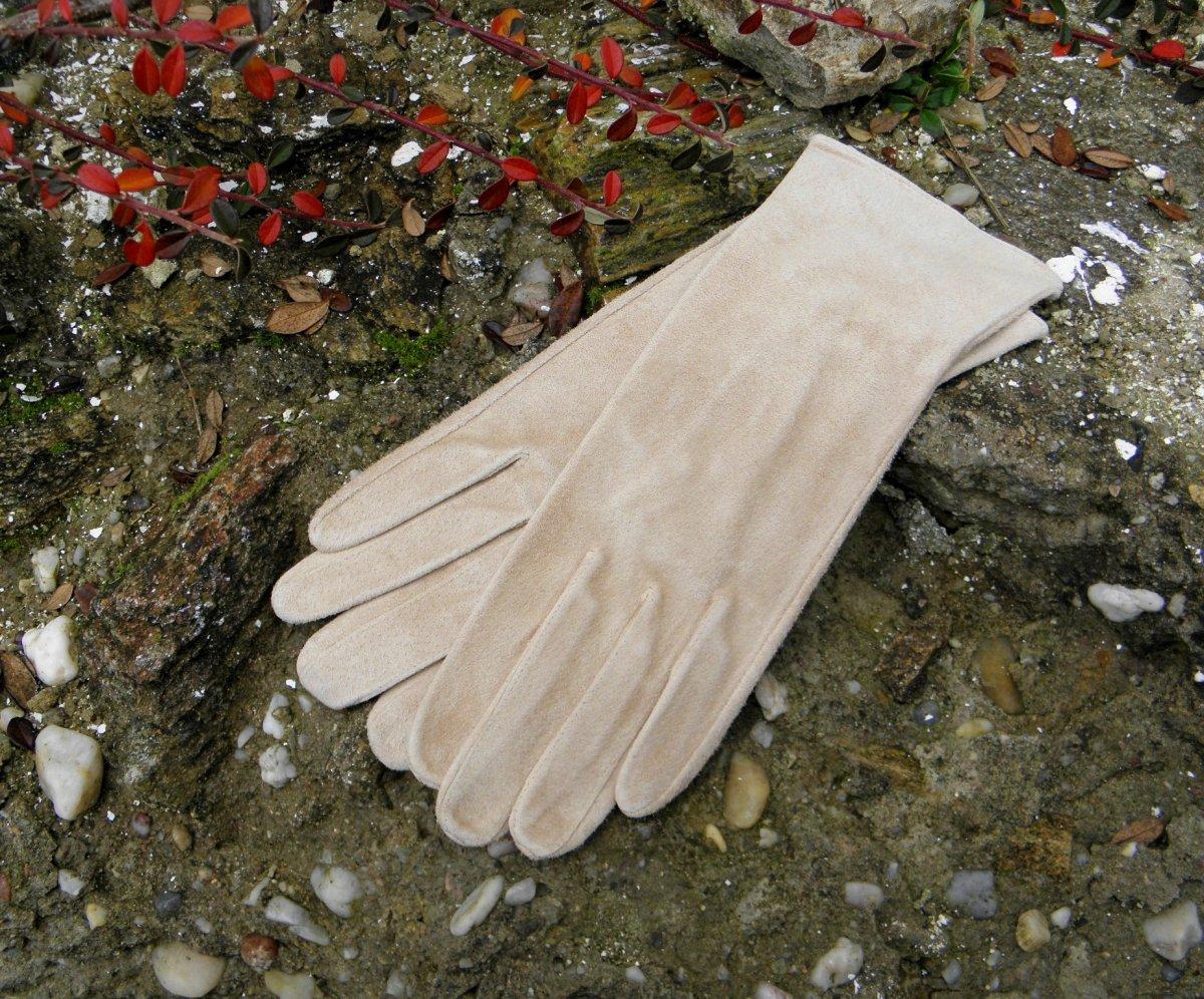 0c48276b3db Béžové dámské kožené rukavice bezpodšívkové – Potvor - pomáhat tvořit