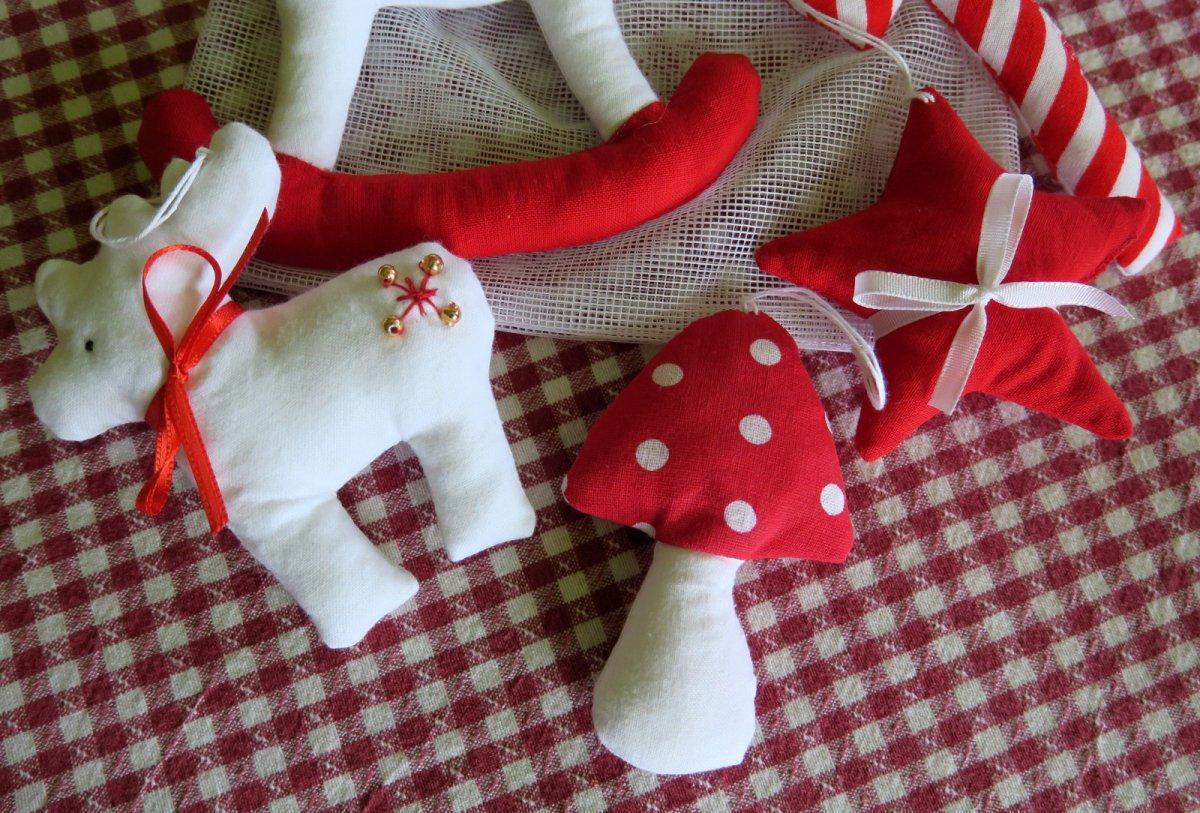 a6790e83b4e Sada vánočních ozdob – Potvor - pomáhat tvořit