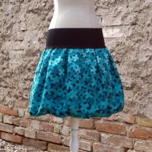 Sukně a šaty – Potvor - pomáhat tvořit d57578a674
