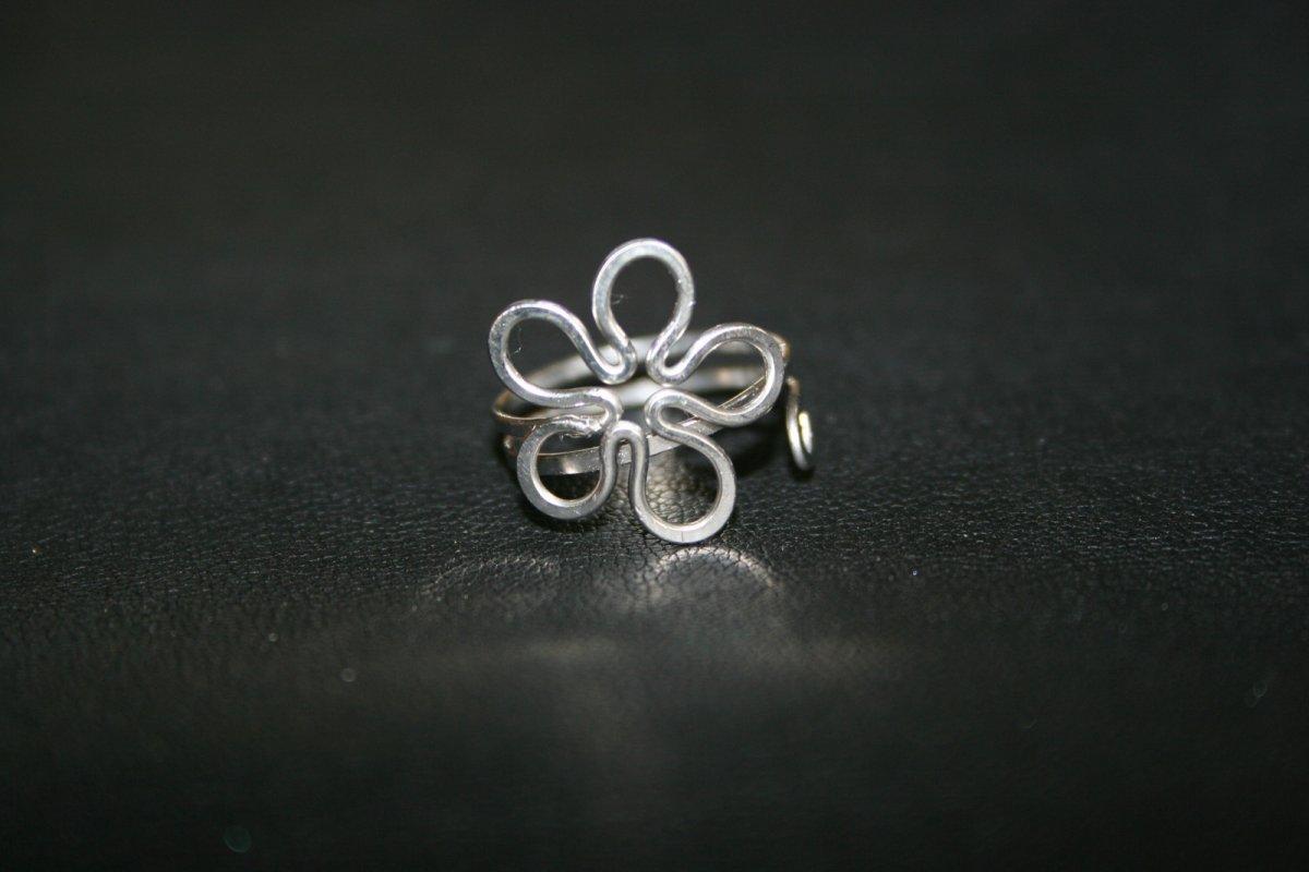 Prsten na nohu - květ - chirurgická ocel – Potvor - pomáhat tvořit 25ea54e2038